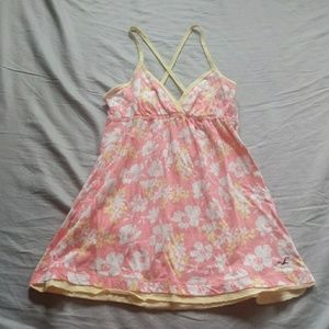 Abercrombie & Fitch pink flowered camisole size m